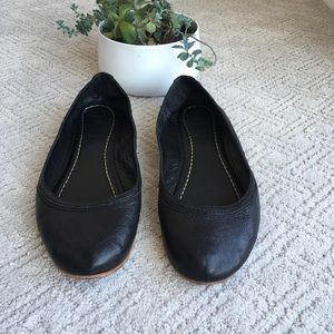 Frye Carson Black Leather Ballet Flats Size 9